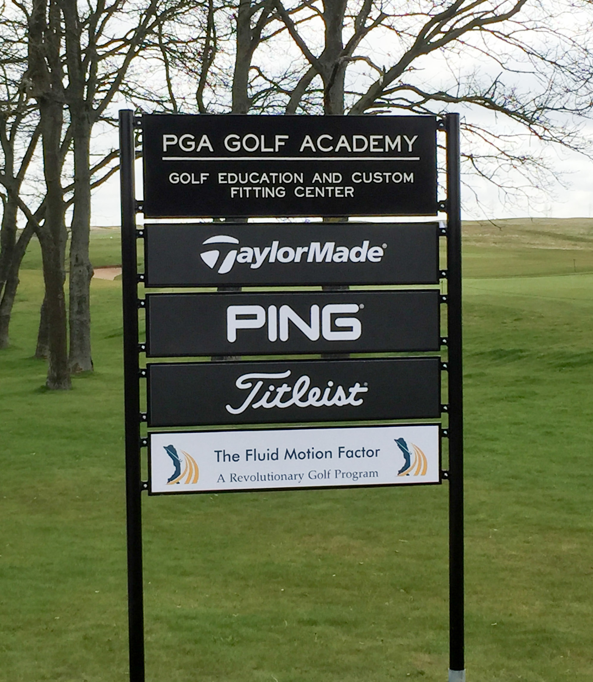 Titleist, Pga Golf Academy, Taylor Made, Ping